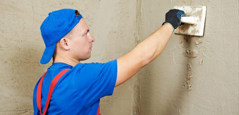 Как штукатурить стену цементом